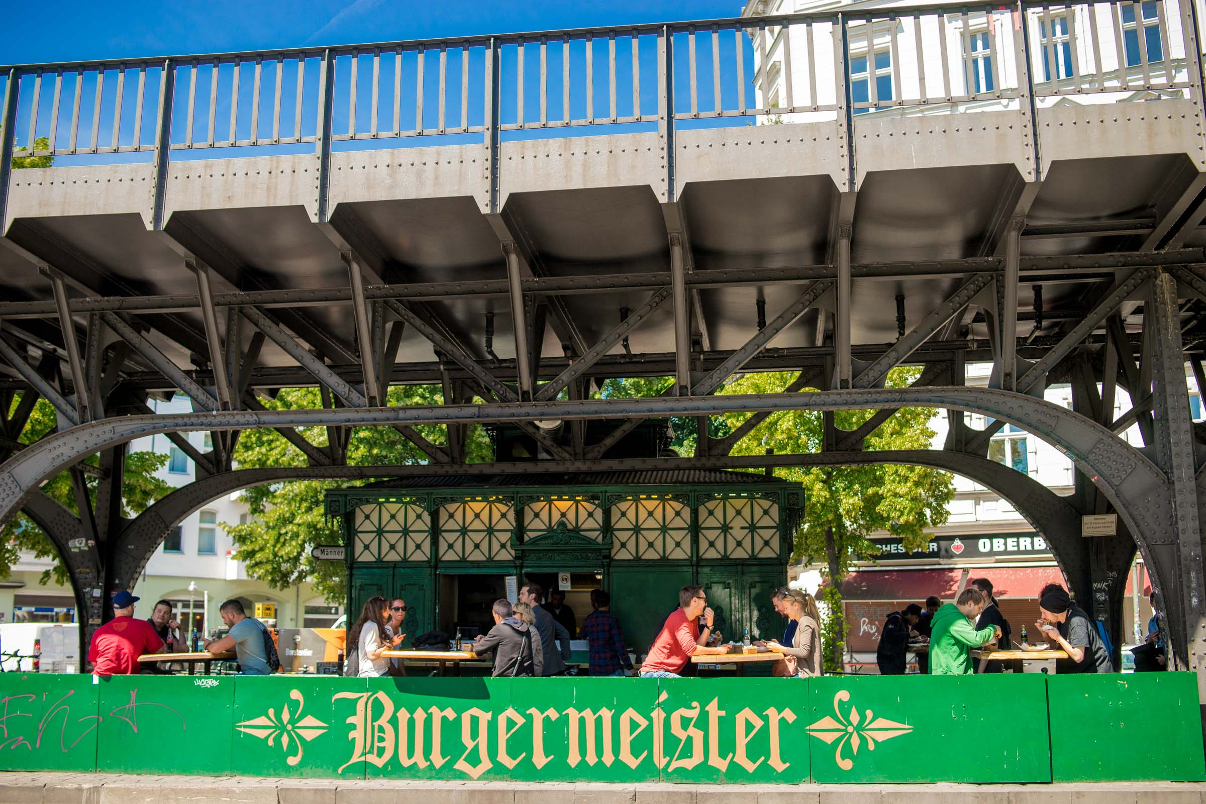 burger venue outdoors berlin